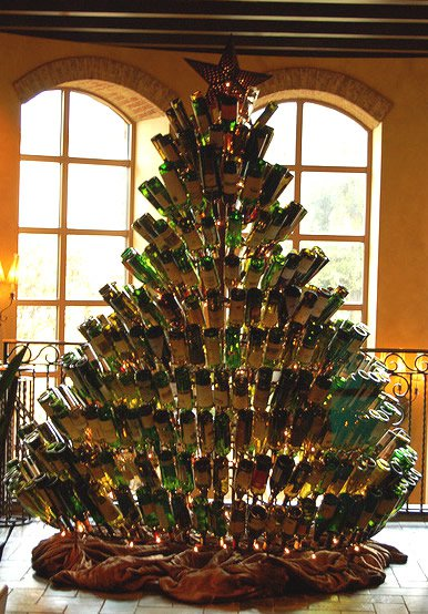 17 Fascinatingly Beautiful DIY Wine Bottle Crafts To Accessorize Your Decor usefuldiyprojects.com 12 - 17 Fascinatingly Beautiful DIY Wine Bottle Crafts To Accessorize Your Decor
