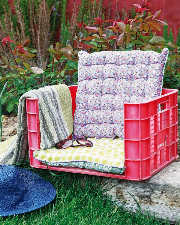 22 Creative Fun DIY Garden Furniture Projects You Will Adore-usefuldiyprojects.com (11)