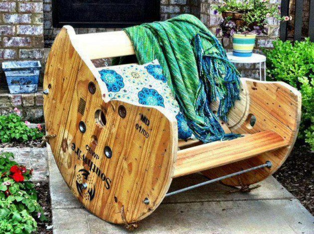 22 Creative Fun DIY Garden Furniture Projects You Will Adore-usefuldiyprojects.com (8)