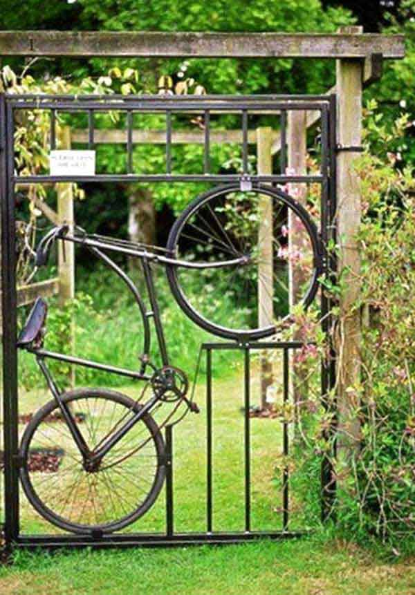 22 Insanely priceless Garden Gate DIY Projects Protecting Greenery in Style usefuldiyprojects.com outdoor space decor (1)