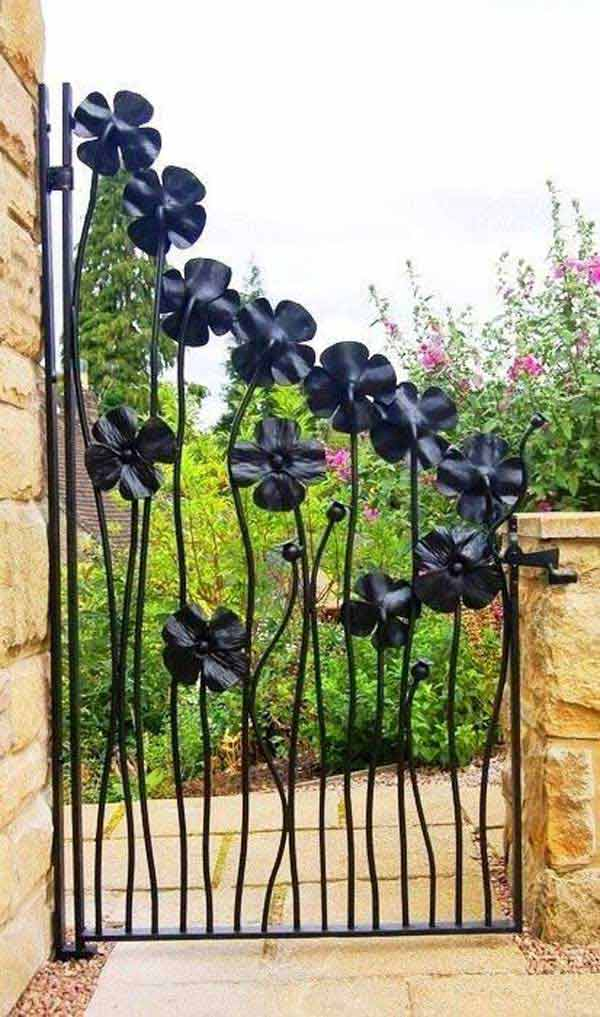 22 Insanely Charming Garden Gate DIY Projects Protecting Greenery in Style usefuldiyprojects.com outdoor space decor (9)