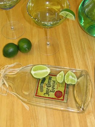 23+ Fascinating Ways To Reuse Glass Bottles Into DIY Projects Creatively usefuldiyprojects.com ideas (19)