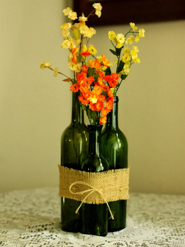 the perfect vase from glass bottles
