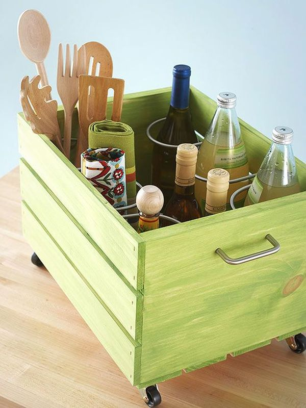 28 Simply Extraordinary Ways to Repurpose Wooden Crates Into Vintage Accessories usefuldiyprojects.com decor (26)