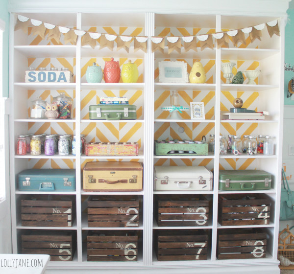 28 Simply Extraordinary Ways to Repurpose Wooden Crates Into Vintage Accessories usefuldiyprojects.com decor (3)