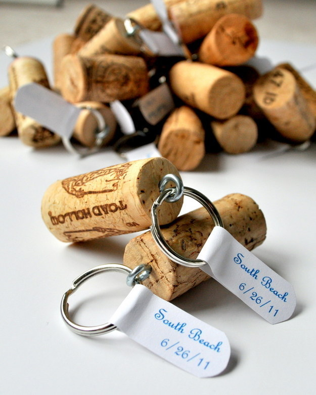 29 Smart and Ingenious Wine Cork DIY Crafts To Do Right Now  usefuldiyprojects (14)