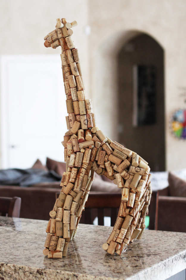 29 Smart and Ingenious Wine Cork DIY Crafts To Do Right Now  usefuldiyprojects (15)