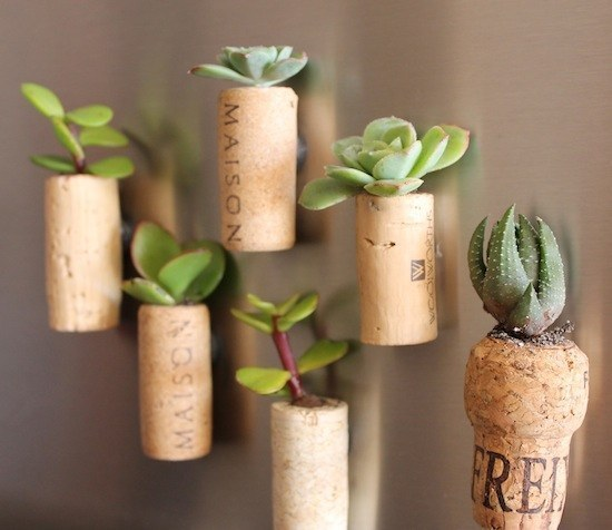 29 Smart and Ingenious Wine Cork DIY Crafts To Do Right Now  usefuldiyprojects (16)