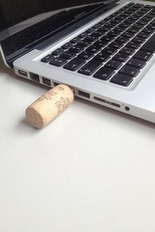 29 Smart and Ingenious DIY Wine Cork Crafts To Do Right Now  usefuldiyprojects (29)