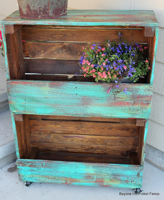 29 Ways to Decorate With Wooden Crates usefuldiyprojects.com decor ideas 18 - 29 Ways To Be Sustainable by Decorating With Wooden Crates