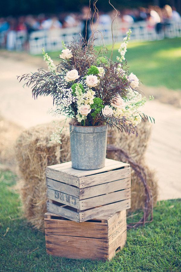 29 Ways to Decorate With Wooden Crates usefuldiyprojects.com decor ideas 3 - 29 Ways To Be Sustainable by Decorating With Wooden Crates