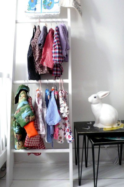 Clothing Storage Solutions For Small Spaces usefuldiyprojects 23 - DIY Clothing Storage Solutions For Small Spaces