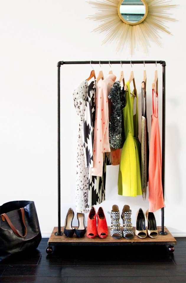 Clothing Storage Solutions For Small Spaces-usefuldiyprojects (28)