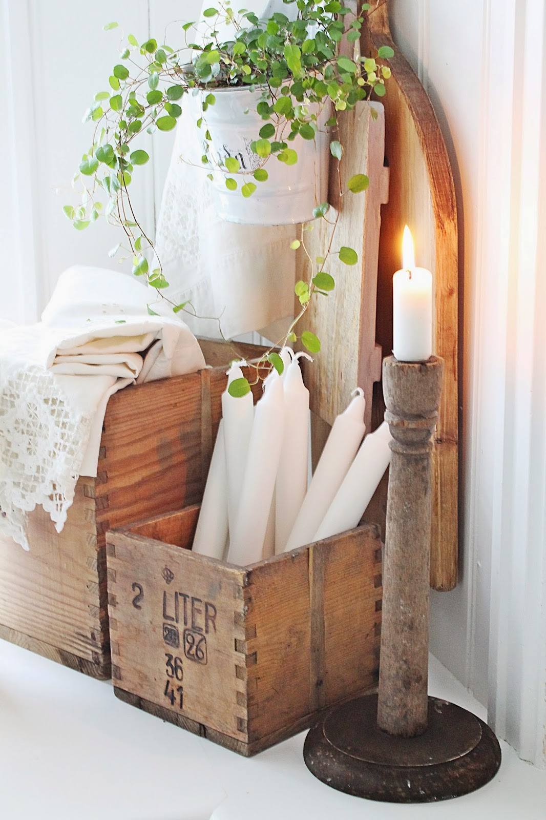 13 Creative DIY Crate Crafts To Take On -usefuldiyprojects (5)