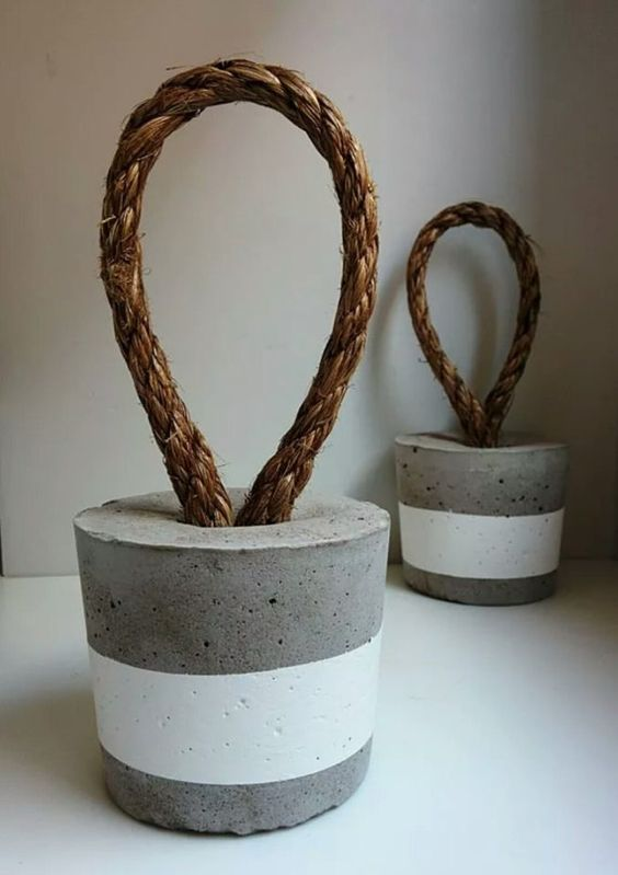 19 Beautiful DIY Cement Crafts To Add Diversity To Your Interior Decor-usefuldiyprojects (4)