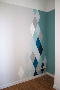 ombre and shapes wall painting