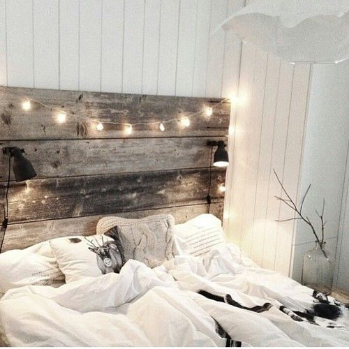 804b5ba7fb2f50361595c94ca47f046d - 16 DIY Headboards That Can Revamp Your Bed