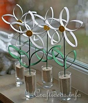 artificial flowers from paper rolls