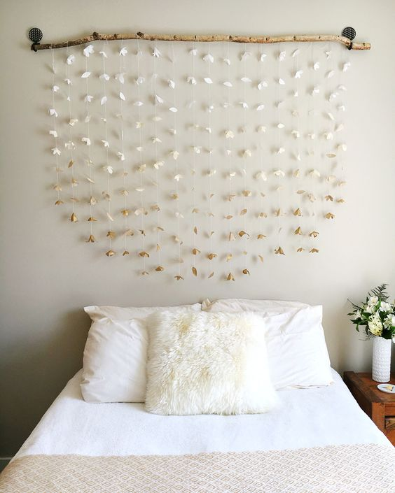 f457841fa3206ce270766fc856144dc6 - 16 DIY Headboards That Can Revamp Your Bed