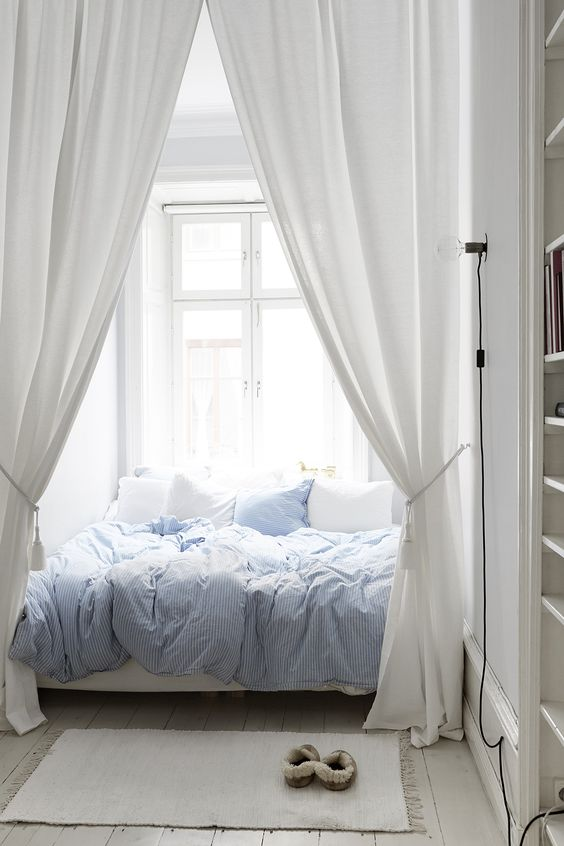 window beds