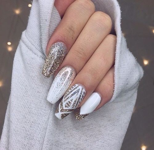 nail1 1 - 37 Acrylic Nail Art Designs You'll Want To Try For Upcoming Parties And Events