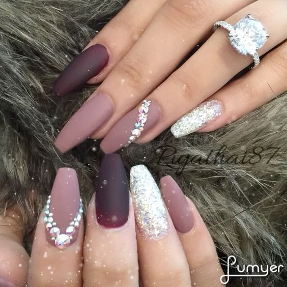 nail14 1 - 37 Acrylic Nail Art Designs You'll Want To Try For Upcoming Parties And Events