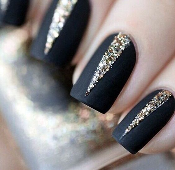 nail28 - 37 Acrylic Nail Art Designs You'll Want To Try For Upcoming Parties And Events