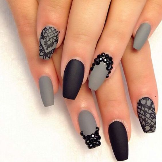 nail32 - 37 Acrylic Nail Art Designs You'll Want To Try For Upcoming Parties And Events