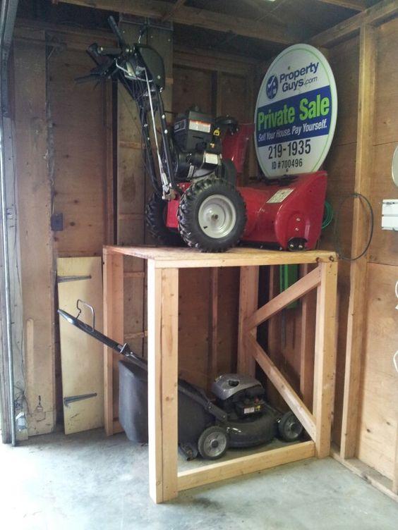storage13 - Organize Your Items With These 17 Garage Storage Ideas