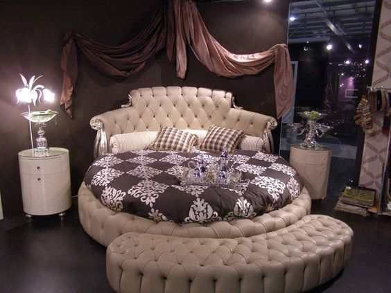 z6 2 - Have A New Bedroom Experience With These 15 Circular Beds