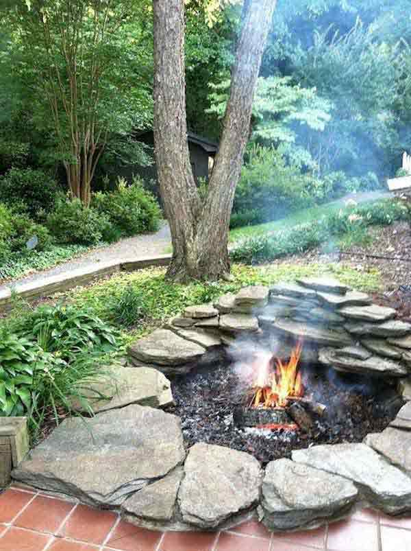 Top 40 DIY Fire Pit Ideas to Warm Your Summer Nights usefuldiyprojetcs 29 - Top 50+ DIY Fire Pit Ideas to Warm Your Summer Nights