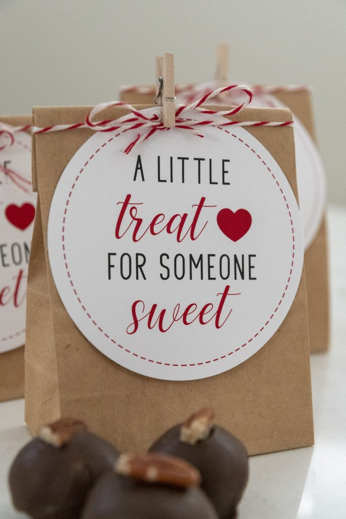 35 DIY Valentines Day Gift Ideas 31 683x1024 - 35 DIY Valentine's Day Gift Ideas