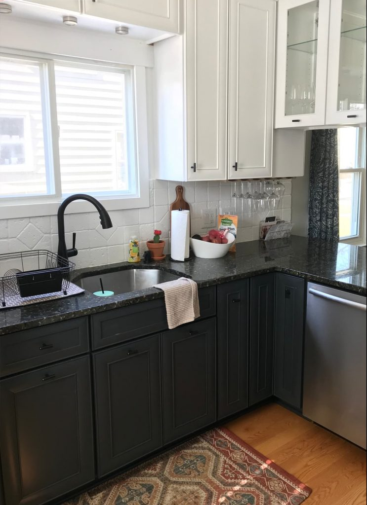 Black Kitchen Cabinets 15 Ideas - Useful DIY Projects