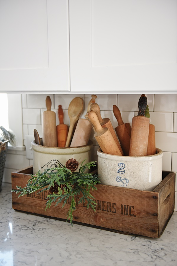 storage solutions for wooden utensils using natural materials