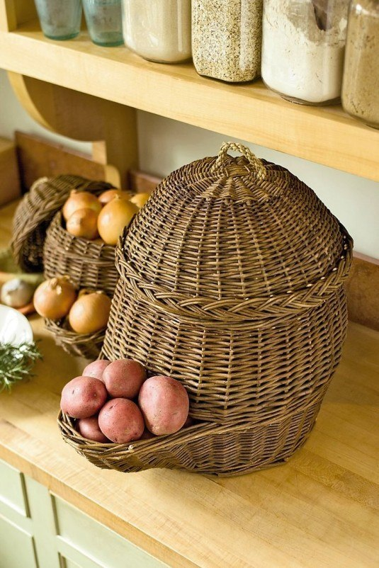 vegetables storage solutions using wicker baskets