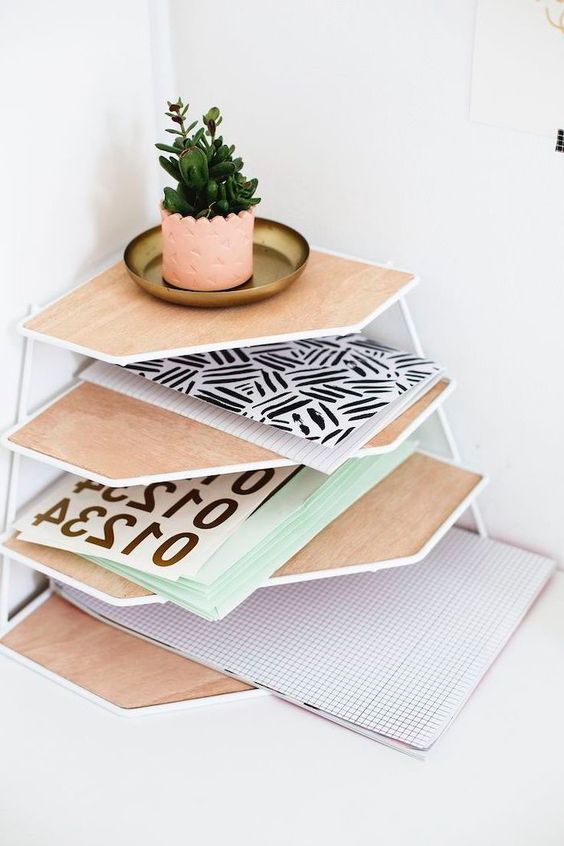 Inspire with Encouraging Office Space Décor