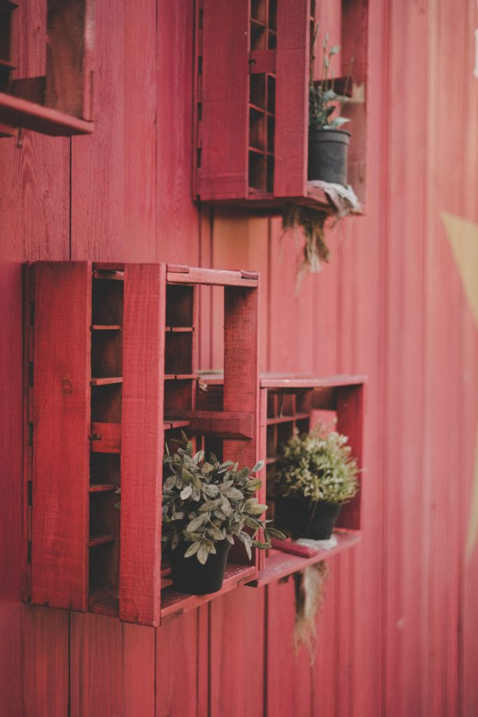 red recycled pallets
