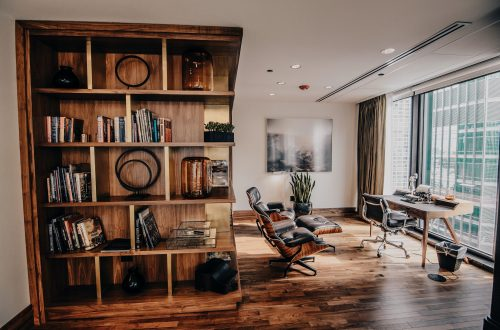 Top Four Designer Ways to Set Up Workspace in Your Home 2