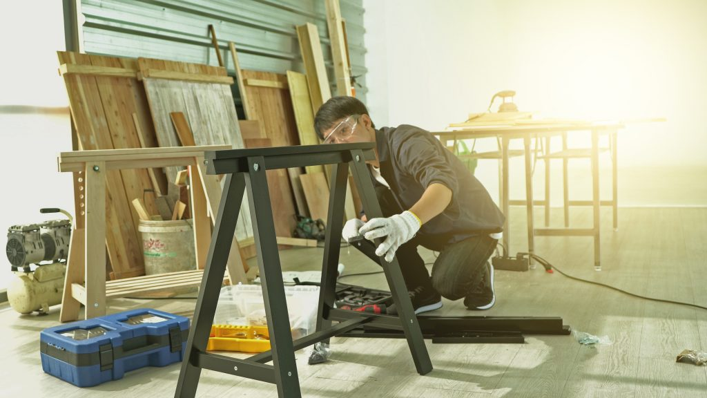 How To Efficiently Clean Up After Your Large DIY Projects