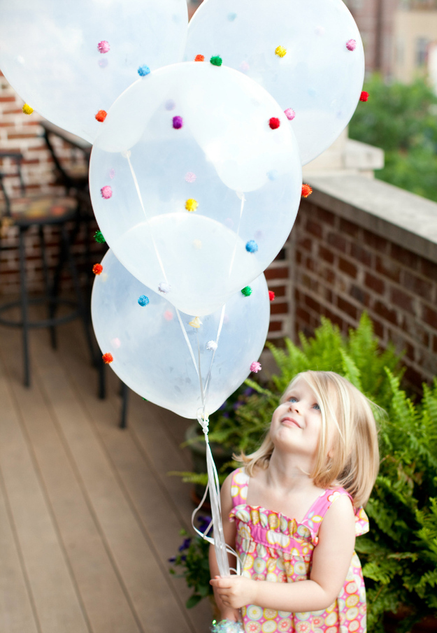 pom-pom balloon crafts