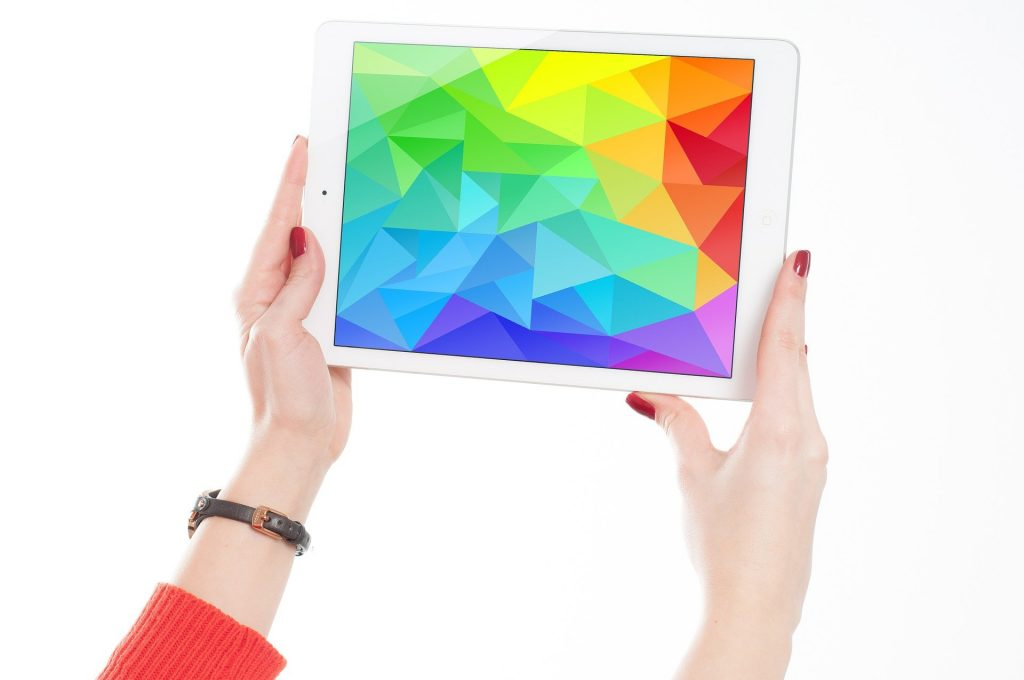 Gift Buying Options Ipads Vs Notebooks Who Is Winning The Battle?