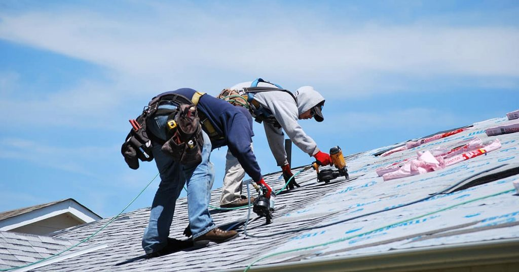 ding a Roofing Service in San Marcos